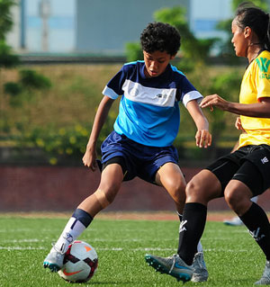 girls-soccer-action-02.jpg